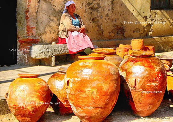Color street scene : Bolivia, andean market