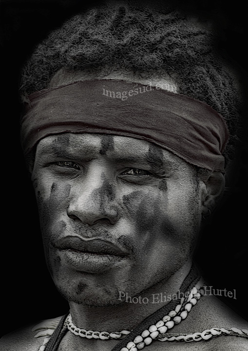 Portrait black and white : young man of Melanesia