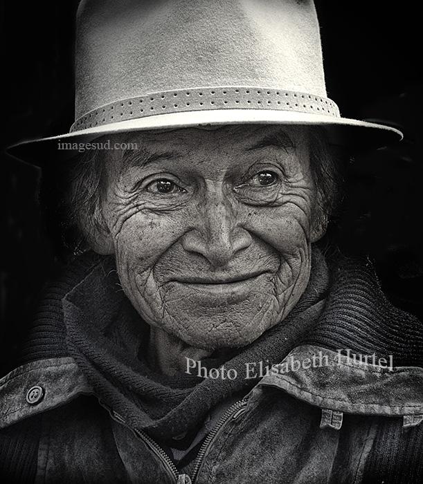 Kechwa man, Andes, bw portrait