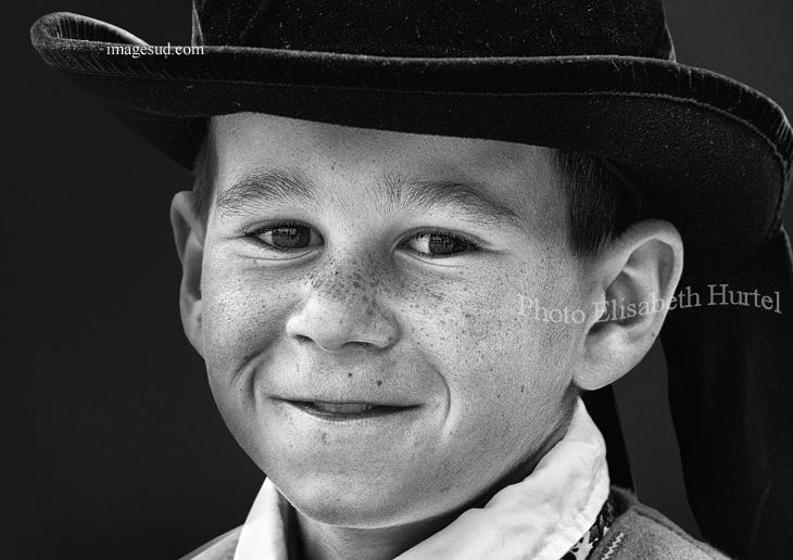 Niño, Britania, retrato en blanco y negro