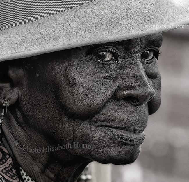 Senora de las Antillas, retrato en blanco y negro