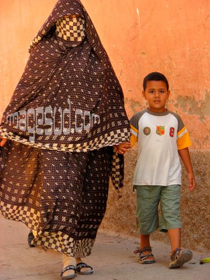 Mère et fils, Maroc