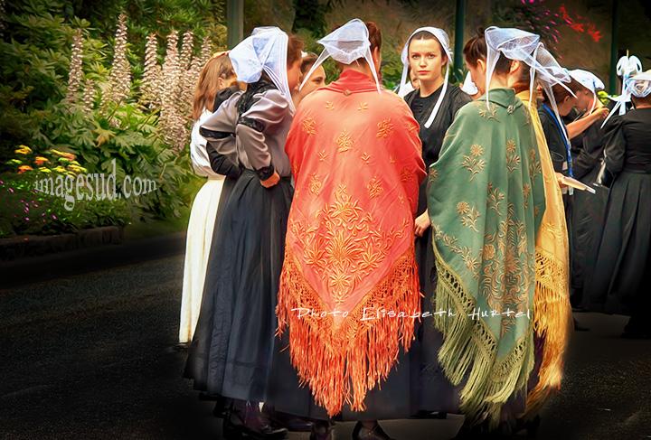 Costumes traditionnels bretons