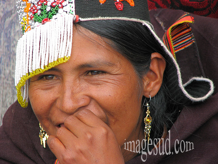 Portrait de jolie fille de Bolivie, tirage d'art