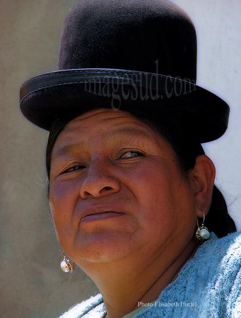 Portrait de matronne de Bolivie, femme indigène, tirage d'art