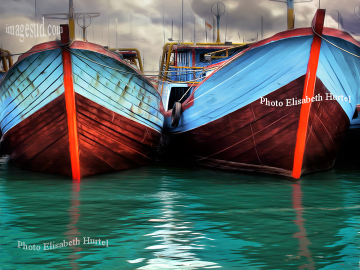 Vieux bateaux en bois d'Indonésie