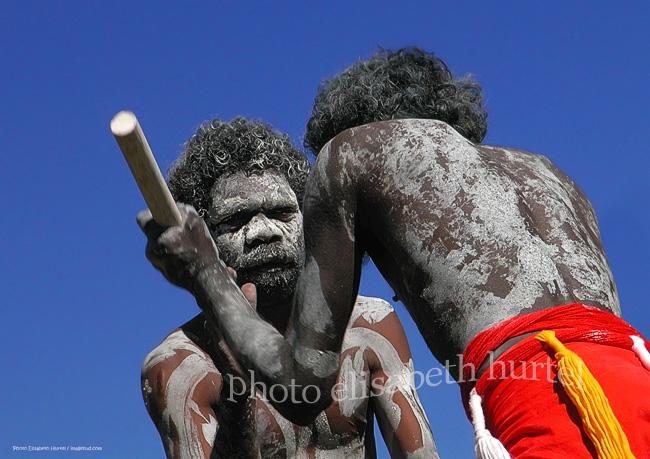 """Combat rituel, Aborigènes d'Australie, tableau-photo d""""art"""