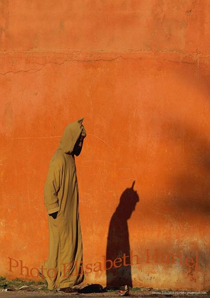 Tirage d'art : ombre sur un mur ocre