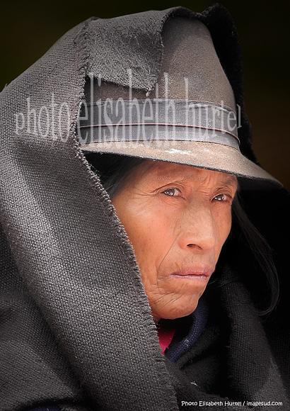 Visage de femme indigène (Quechua) des Andes d'Equateur.