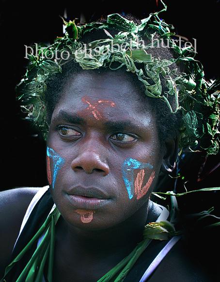 Portrait de jeune femme des îles du Pacifique en Océanie