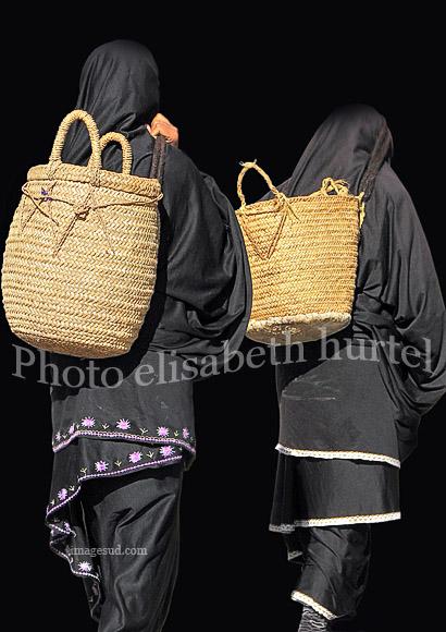 Deux femmes, photo finart noir et blanc