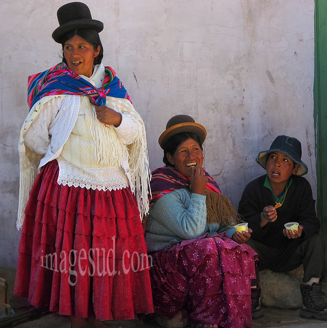 Habits traditionnels en Bolivie, peuples des Andes