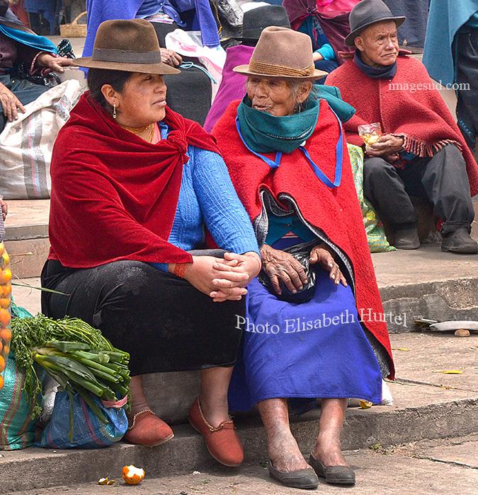 Au marché en Equateur. Indigenous market, Ecuador