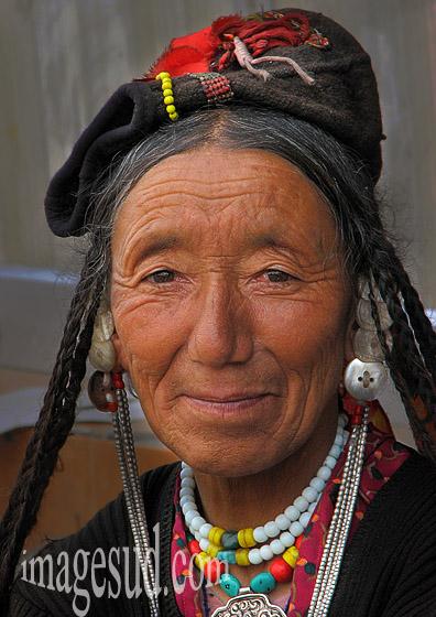 Portrait de femme, Ladakh, Inde