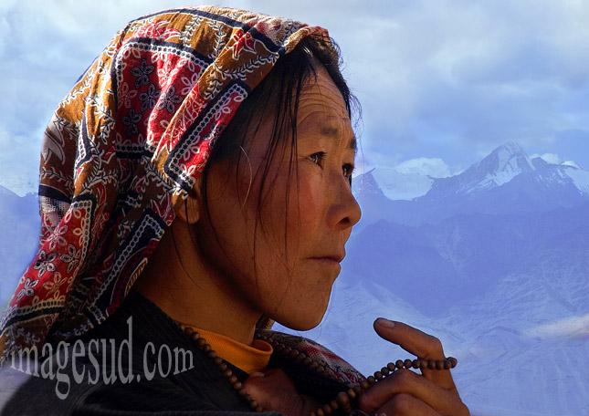 Visage de jeune femme du Ladakh, Inde, Himalaya
